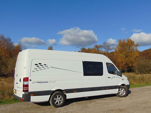 "Mercedes Benz Sprinter - Race Van | 17"" Alloy wheels*"