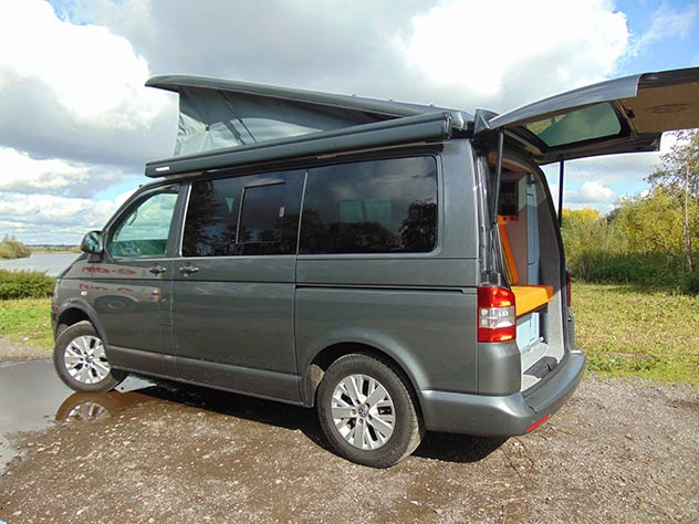 Volkswagen Transporter T5 – Camper   Colour coded bumpers, mirror & door handles*
