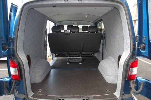 Volkswagen Transporter T5 - Kombi Full checker plate sides and rear*