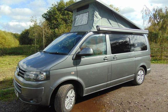 Volkswagen Transporter T5 – Camper Pop up roof tent