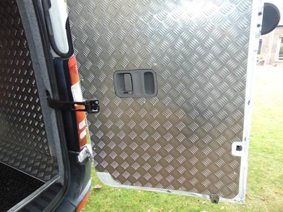 Mercedes Benz Sprinter - Race Van | 240v socket / 12v socket