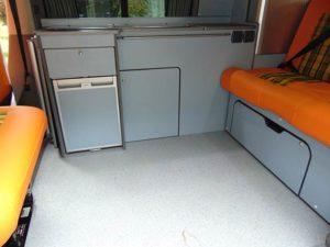 Volkswagen Transporter T5 – Camper Seating/removable table