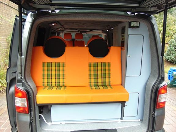 Volkswagen Transporter T5 – Camper 3-4 berth